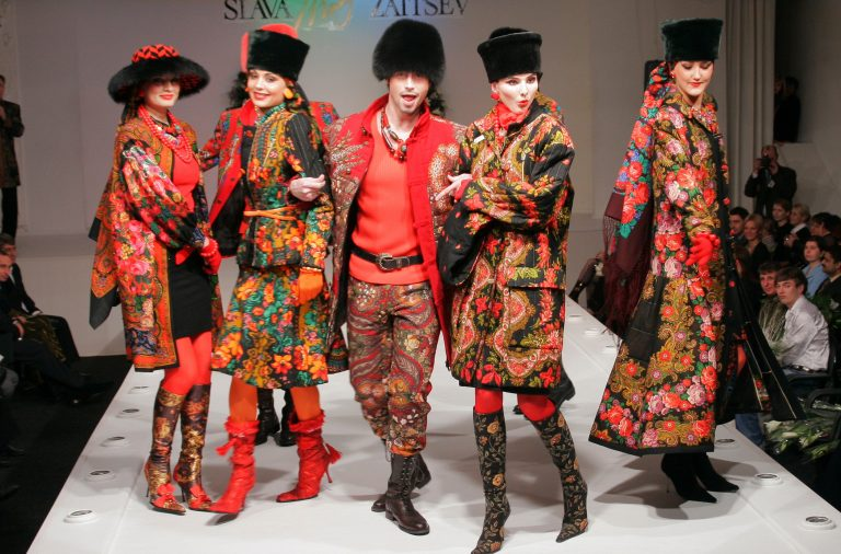 Slava_Zaitsev_fashion_show-1